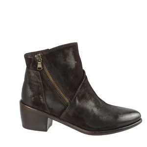 ❤️NWT❤️Ron White ankle boots - chocolate Authentic